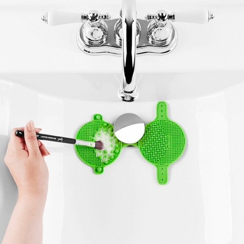 Gant Nettoyage Pinceaux - Spa® Express Brush Cleaning Glove SIGMA